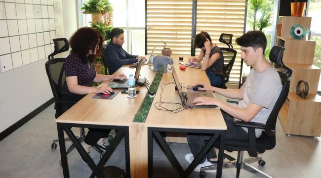 Türkiye'de izlenme rekorları kıran 'Çukur' dizisine mobil oyun geliştirildi
